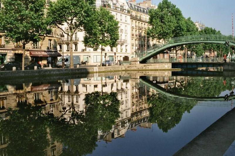 minibus avec chauffeur Canal Saint-Martin (Paris) tarif location bus