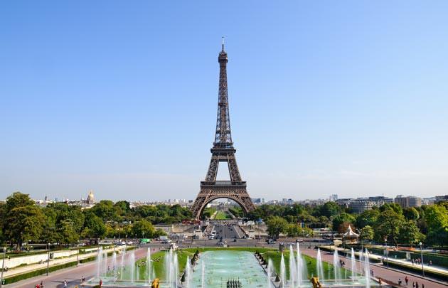 minibus avec chauffeur Tour Eiffel location minibus avec chauffeur