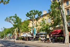 location minibus Aix en Provence pas cher